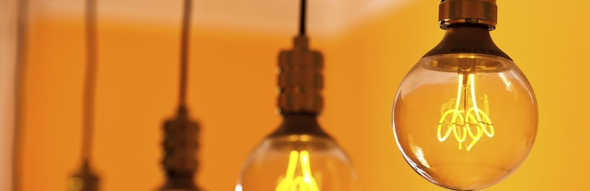 National Grid ESO - Power cuts explained - row light bulbs